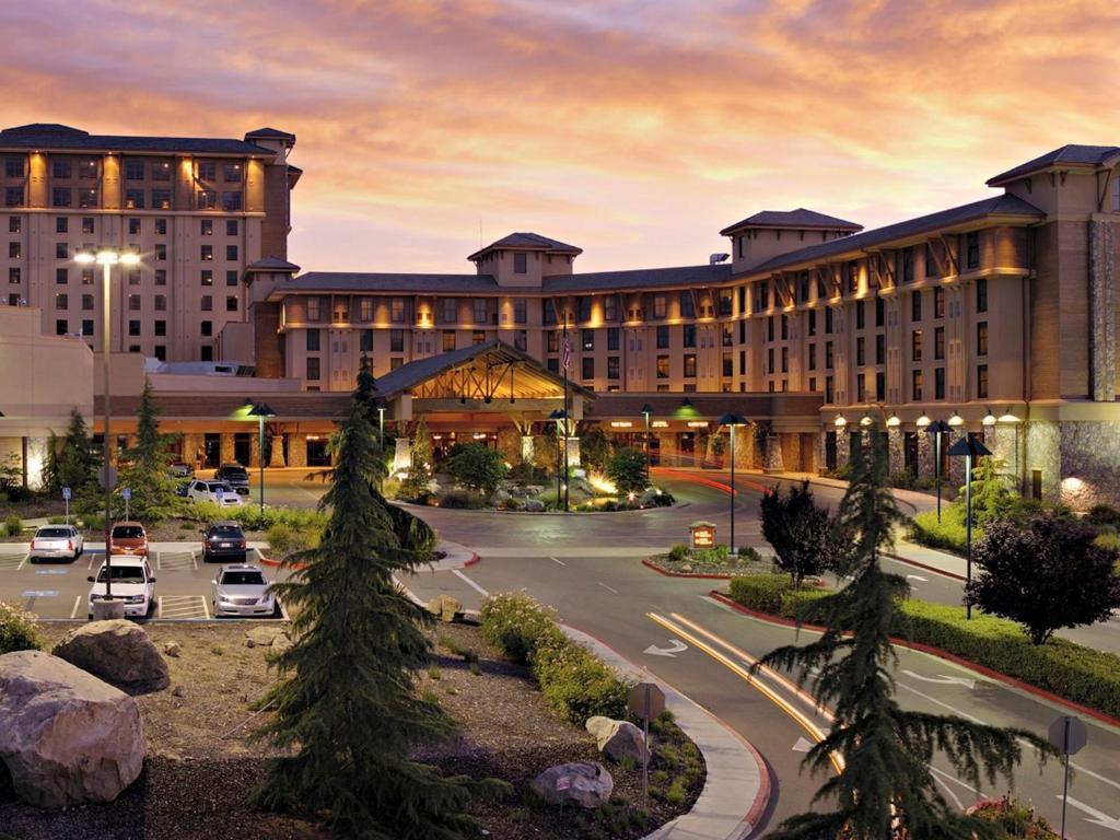 Casino and Resort 76699
