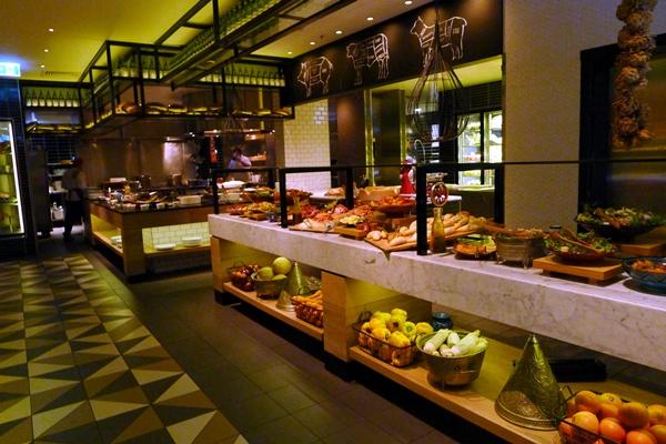 Gold Coast Restaurants 80095